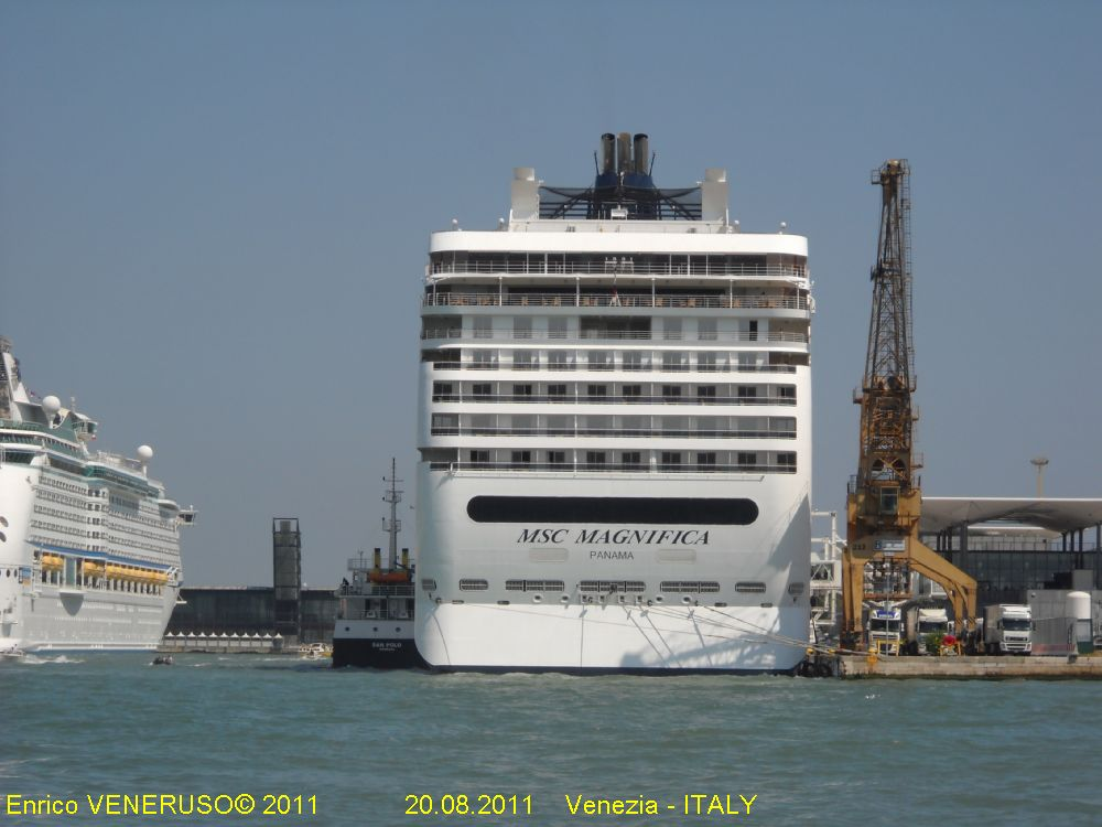 Video e foto navi msc for Msc magnifica foto